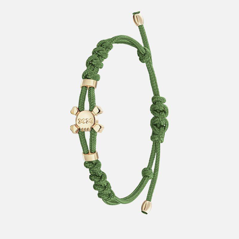 Стильный зеленый браслет на нити в золоте Hotchkis Jewelry